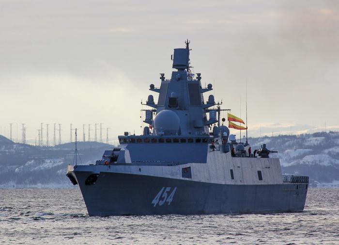 Эсминец ВМФ США нарушил российскую границу