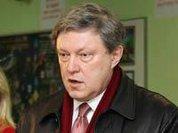 Явлинский поставил себя вне закона