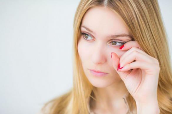 Россиянам рассказали, как отличить коронавирус от аллергии