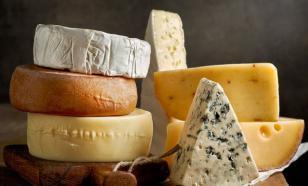 Как сохранить сыр свежим намного дольше: несколько хитростей
