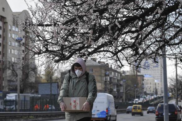 Украинцев обязуют носить маски