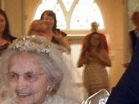Американец созрел до первого брака на 100-м году жизи.