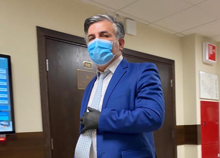 Адвокат: Ефремов готов усыновить детей Захарова