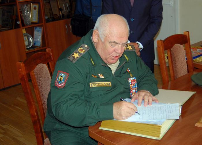 Умер экс-командующий группировкой войск на Северном Кавказе Виктор Казанцев
