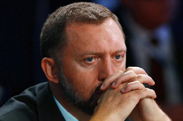 """Дерипаска признался в """"тошноте"""" от политики Центробанка"""
