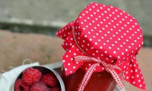 Специалист по фитохимии: малиновое варенье не помогает при простуде