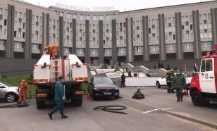 Пожарные, спасавшие пациентов в больнице Петербурга, уйдут на карантин
