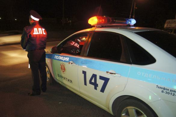 Девушку в Краснодаре арестовали на 13 суток за пробежку по машине ДПС