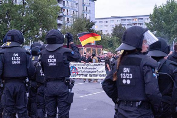 Немецкие спецслуцжбы создали неонацисткое подполье