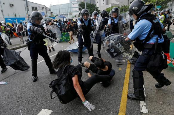 Гонконгские власти отозвали вызвавший протесты законопроект