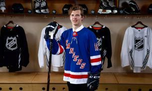 Хоккеист Кравцов рассказал о грязном американском юморе
