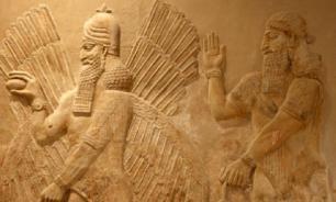 В Турции в гробницах археологи нашли древние ассирийские тексты