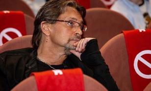Александр Домогаров объяснил, что сильно похудел из-за нервов
