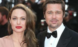 Анджелина Джоли согласилась добровольно отдать детей Брэду Питту