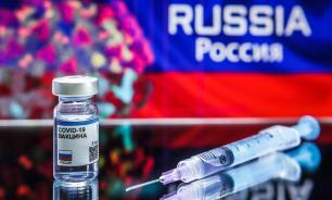 Онищенко призвал вакцинировать всех россиян до декабря