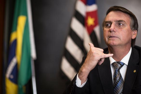 """""""Ну и что?"""" - президент Бразилии отмахивается от статистики смертности"""