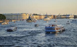 Перед выходными вода в Неве прогрелась до +25 градусов