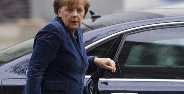 В Новой Зеландии Ангелу Меркель встретили дикари с копьями