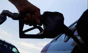 В Пакистане на заправках выстроились очереди из-за забастовки операторов нефтетанкеров