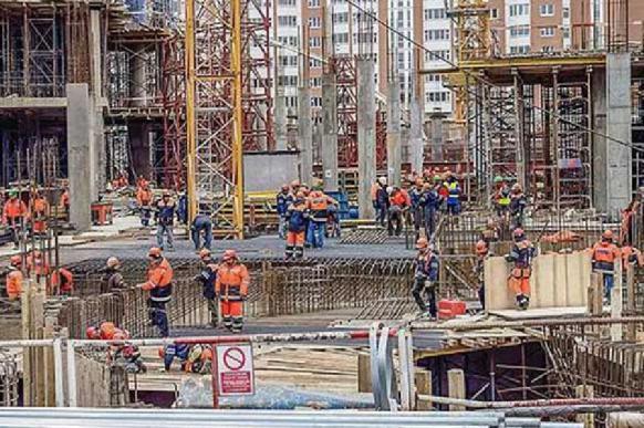 Минстрой: ввод жилья в России в апреле вырос на 17%