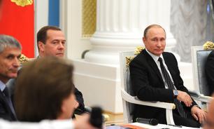 Путин - единороссам: Не бойтесь говорить с людьми о проблемах