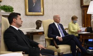 Эксперт: Байден не одобрил мнение Зеленского по решающим для Киева вопросам