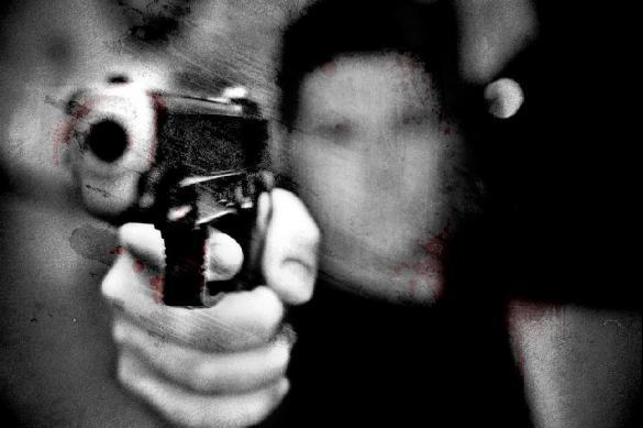 Муж, который выстрелил в голову жене, признался ей в любви в суде