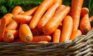 "А нет ли заговора: экономиста удивило ""превращение"" цен на морковь"