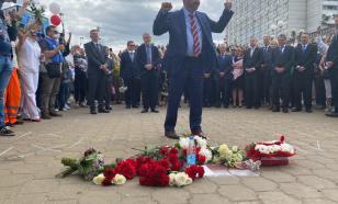 Послы ЕС возложили цветы к месту гибели демонстранта в Минске. Дежавю?