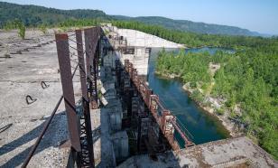 В Амурской области прорвало дамбу на реке Томь