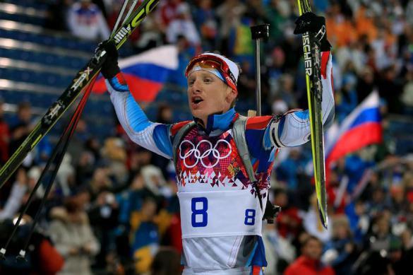 Стрельцов занял восьмое место в первой биатлонной гонке сезона