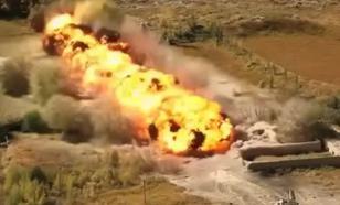 """Огненный """"Змей Горыныч"""" накрыл террористов рядом с Дамаском"""