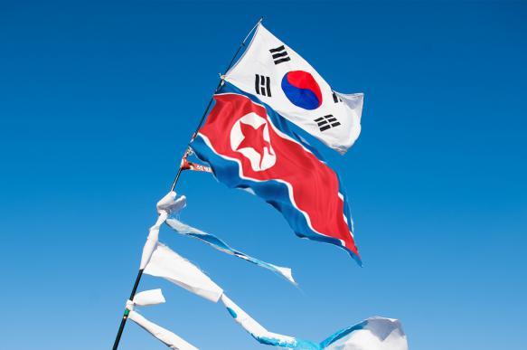 Власти Южной Кореи провели экстренное совещание после ракетных запусков КНДР