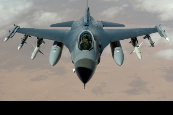 Военные коалиции США уничтожили собственный склад с оружием в Сирии