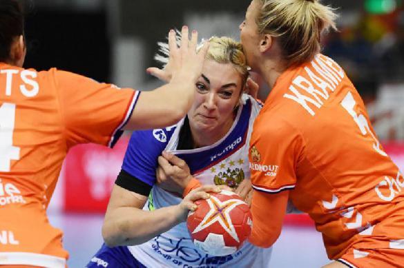 Россиянки проиграли Голландии в полуфинале ЧМ по гандболу