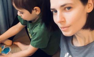 Актриса Юлия Снегирь призналась, что перебарщивает с заботой о сыне