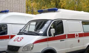 Пермские врачи скорой помощи протащили пациента по грязи