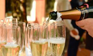 Власти России и Франции договорились, как урегулировать проблему с шампанским