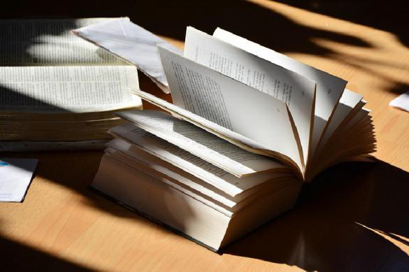"""Эксперт: цифровые книги постепенно """"убивают"""" бумажные"""