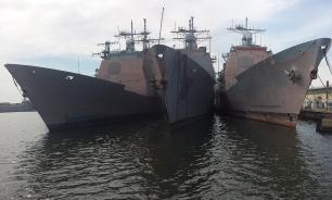 Ракетный крейсер США снова столкнулся с сухогрузом