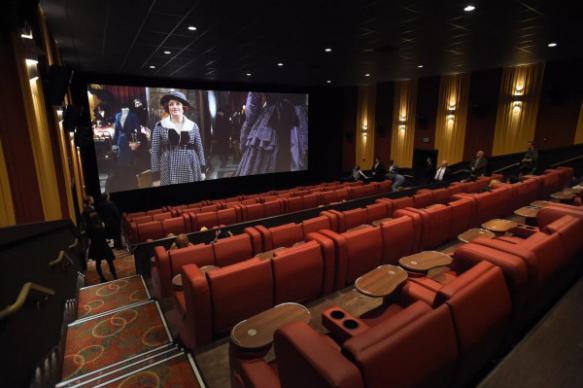В Госдуме предложили ограничить рекламу в кинотеатрах 10 минутами