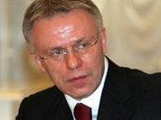 За проигрыш сборной должны поплатиться чиновники, заявил Фетисов
