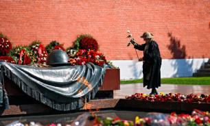 Польские вандалы осквернили могилы советских  солдат