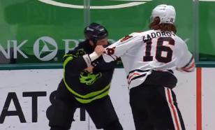 Россиянин Задоров и канадец Бенн устроили кулачный бой в НХЛ