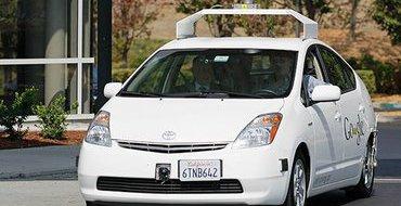 Беспилотные машины Google третируют автомобилистов на дорогах Техаса