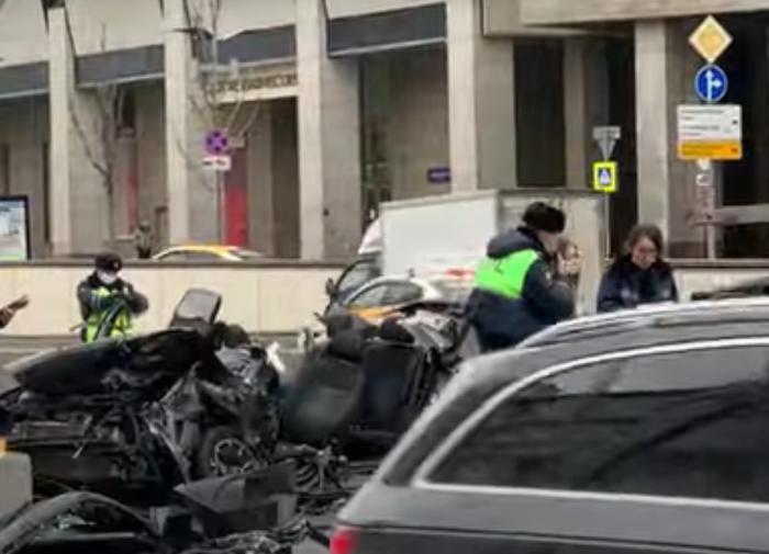 Почему виновник ДТП на Садовом продолжал ездить после 400 нарушений