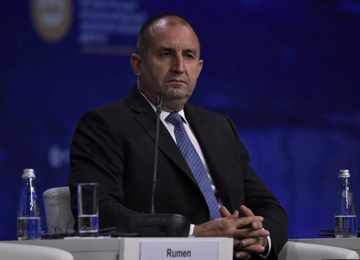 Не договорились: болгарский президент распустил парламент