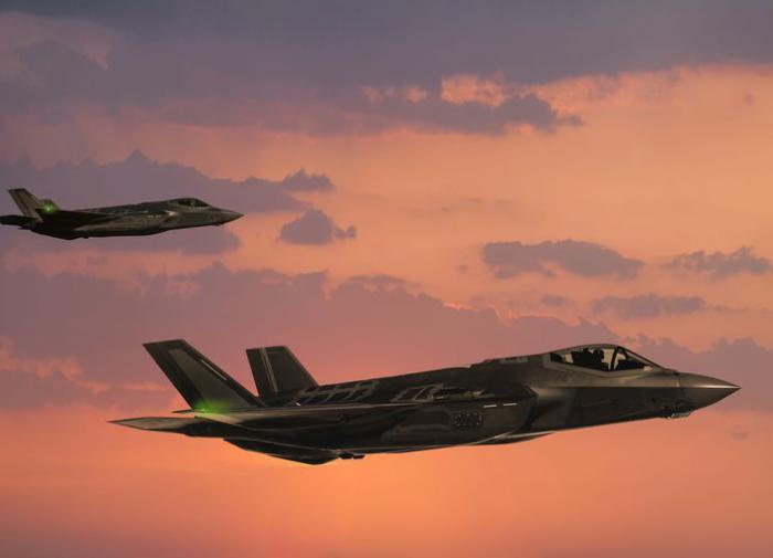 Пентагон ограничит полеты F-35 на сверхзвуке