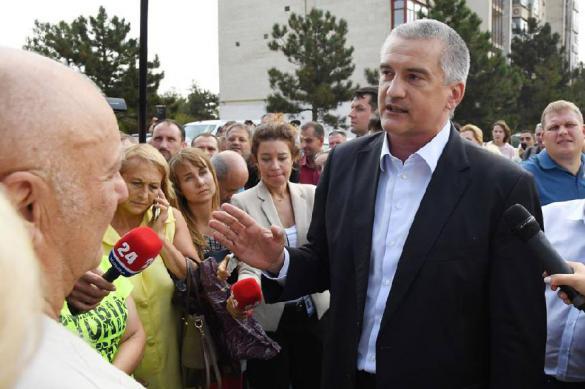Аксёнов заявил, что террористы в Крыму получат по заслугам