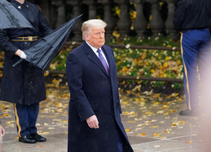 Советник Трампа: он знает, что всё кончено